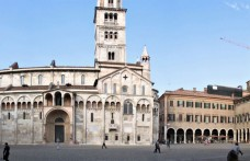 A weekend in Modena among markets, vinegar and Lambrusco