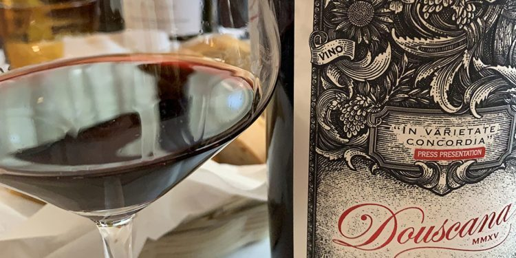 Douscana 2015, a wine that links Douro and Tuscany